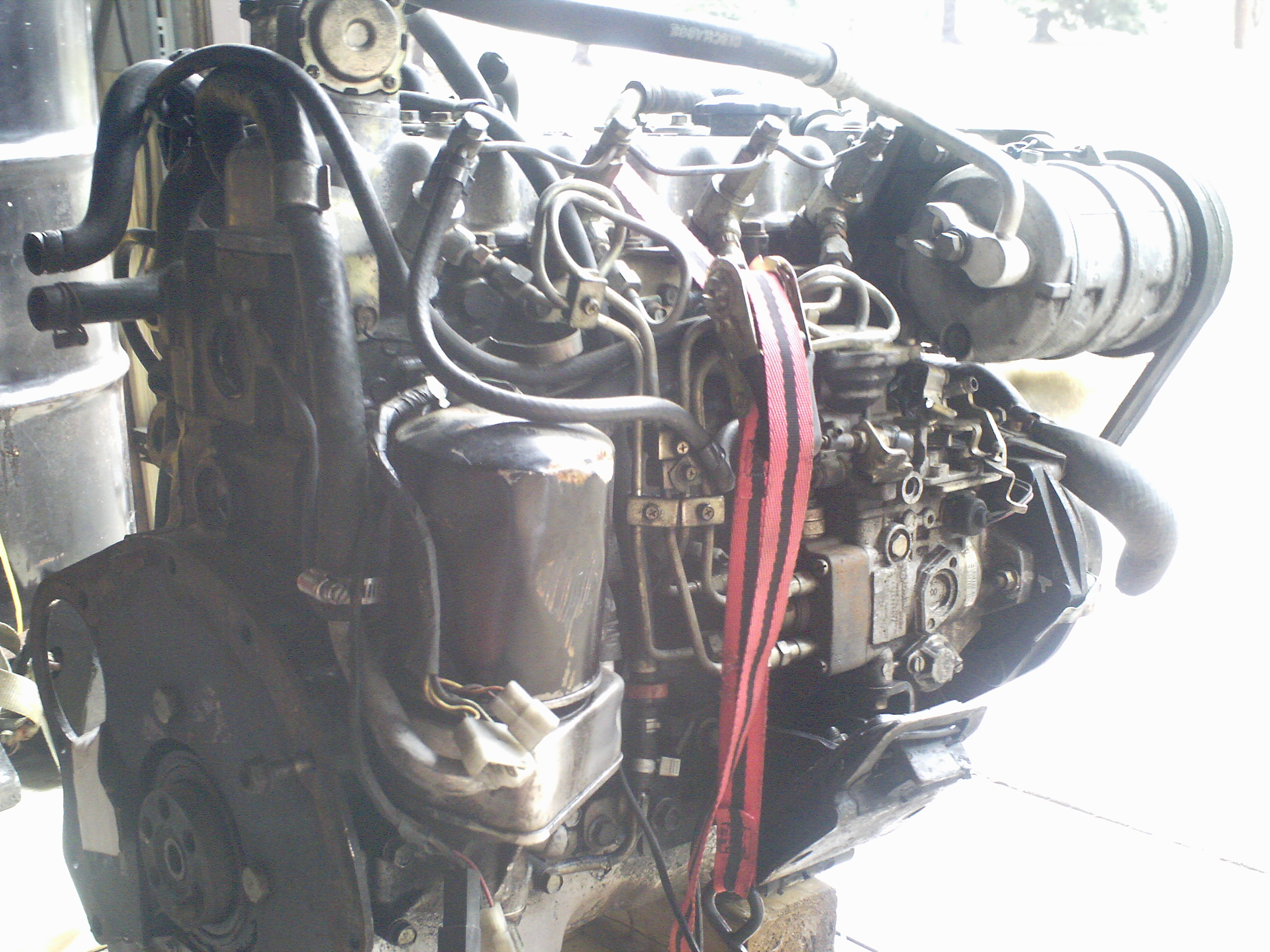 Isuzu C223T Engine 004.jpg
