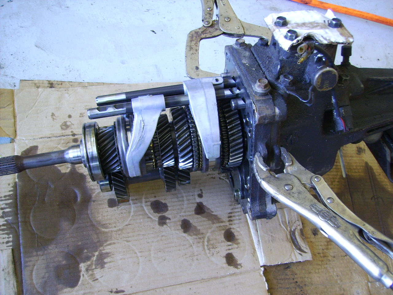 17 pliers to maintain tail shaft intact.JPG